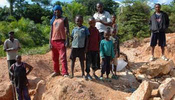 Pétition : Victimes des minerais du sang
