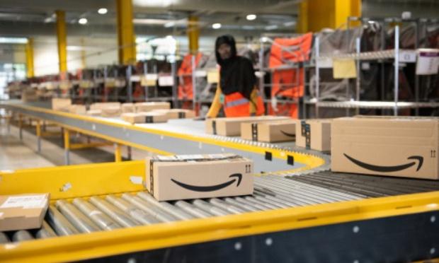 Retrait de tous les accessoires érotiques à caractère pédocriminel de la vente, notamment sur des site internet tels qu'Amazon