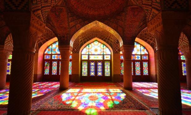 Pétition : Diminuer la distanciation à 30 cm dans les Mosquée