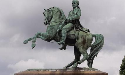 Pétition : Non au remplacement/déplacement de la statue de Napoléon à Rouen