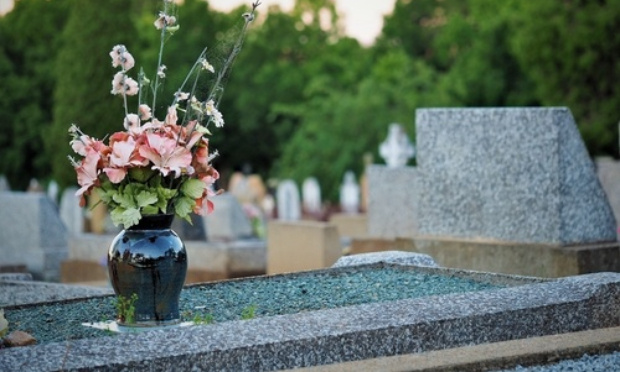 Mise en place de caméras de surveillance rotatives au cimetière Landon