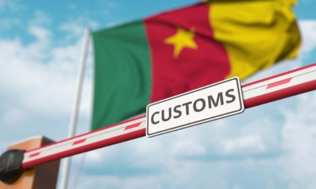 Non à la nouvelle taxe douanière des téléphones et tablettes