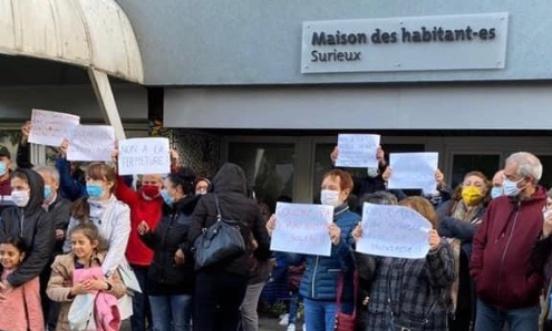 Non à la fermeture de la maison des habitants de Surieux à Echirolles