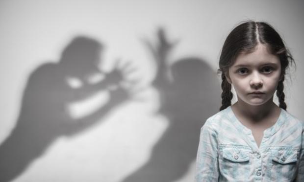 Pétition : Violences conjugales : non à la double-peine