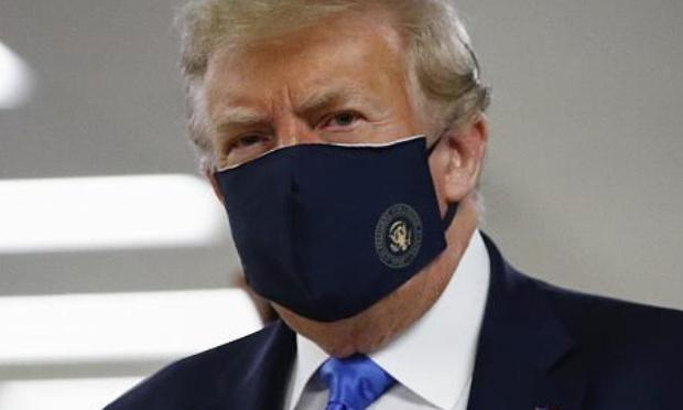 Port du masque à la maison