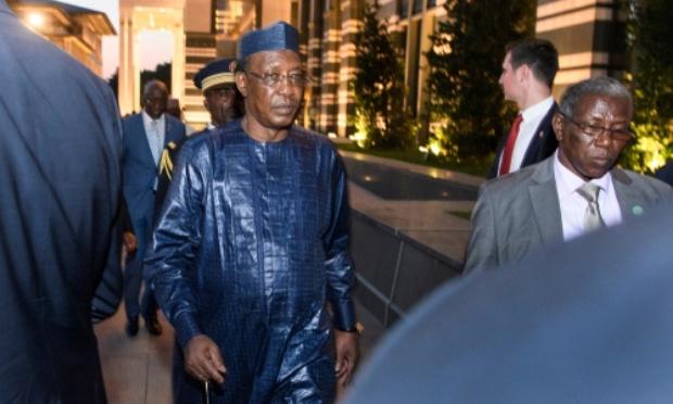 Pour le départ d'Idriss Deby