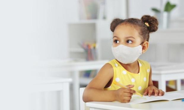 Non au port du masque pour les enfants les plus jeunes au niveau élémentaire