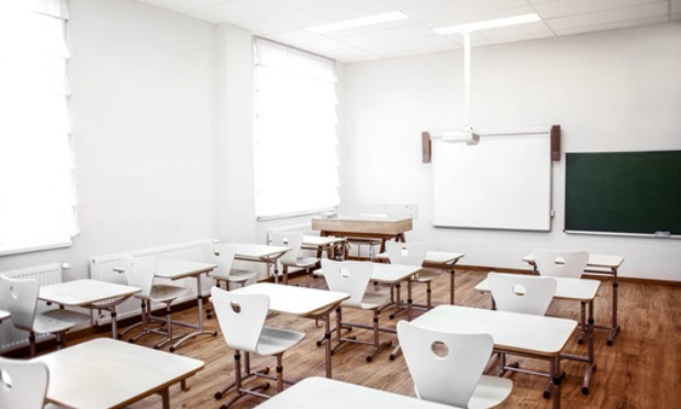 Pétition contre la fermeture des lycées
