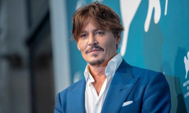 Pétition : Que Johnny Depp réintègre son rôle de Grindelwald pour les Animaux Fantastiques 3 !