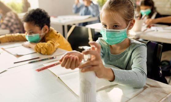 STOP au port du masque obligatoire pour les enfants