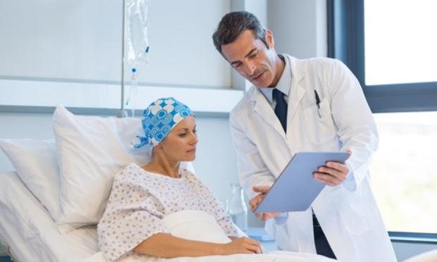 Pétition : Les centres de lutte contre le cancer menacés de disparition !