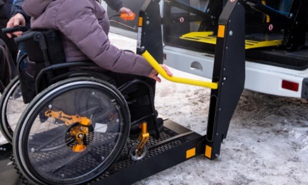 Faciliter l'accès aux soins (transport adapté PMR) pour TOUS