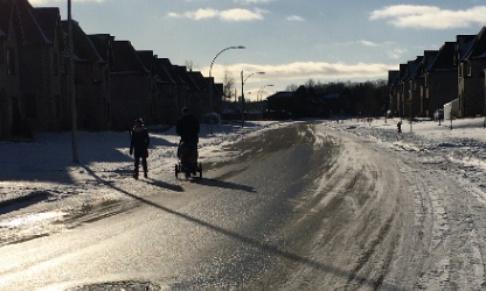 Nous, propriétaires des condos quartier du Boisé du Château Boulevard Hamelin revendique le déneigement de nos trottoirs afin de sécuriser nos piétons !