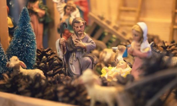 Pétition : Enlèvement de la crèche hideuse place St-Pierre à Rome