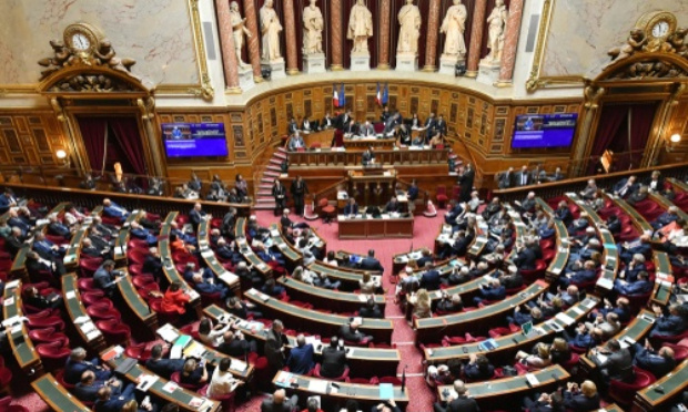 Demande de convocation exceptionnelle du Sénat par rapport aux dérives sanitaires du gouvernement