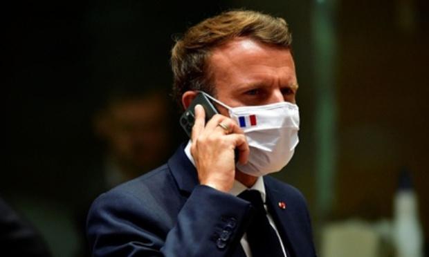Je dénonce la politique de M. Macron