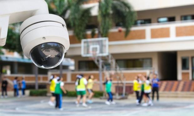 Les caméras à bord du collège pour la sécurité de nos enfants