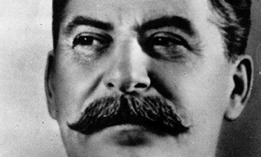 Soutenons la mort de Staline