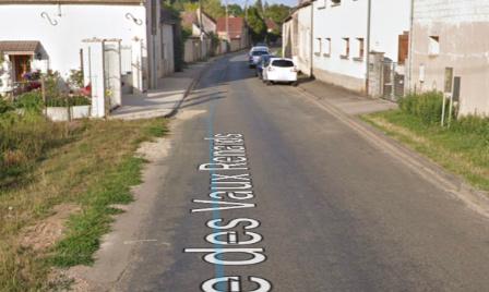 Pour des ralentisseurs dans la rue des vaux renards à Saligny (89100)