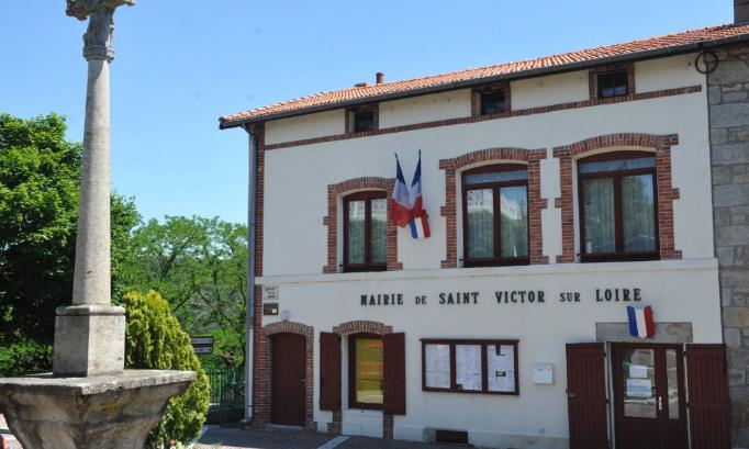 Que l'on rétablisse la ligne de bus 26 Condamines et Saint Victor sur Loire en période vacances scolaires, samedis matin et été