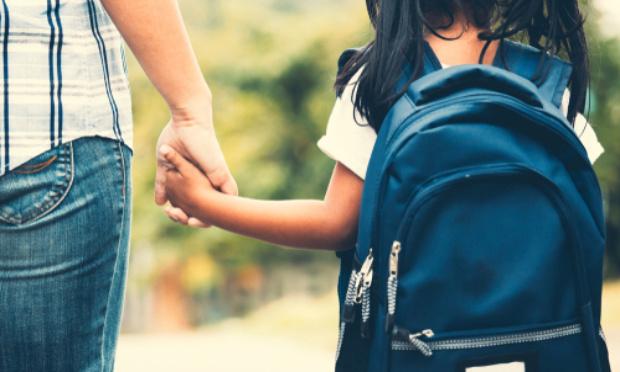 La sécurisation des abords des écoles Montebello et Carrere- Petit Bourg