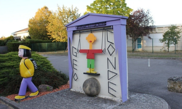 Non à la fermeture d'une classe en primaire à Bois de Haye