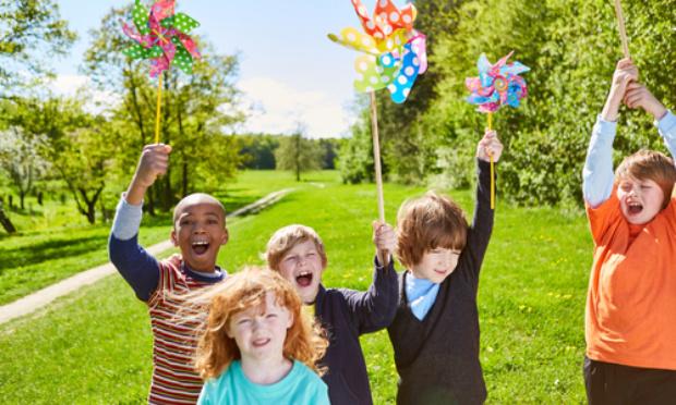 Contre le raccourcissement des vacances d'été en Belgique dès 2022 !
