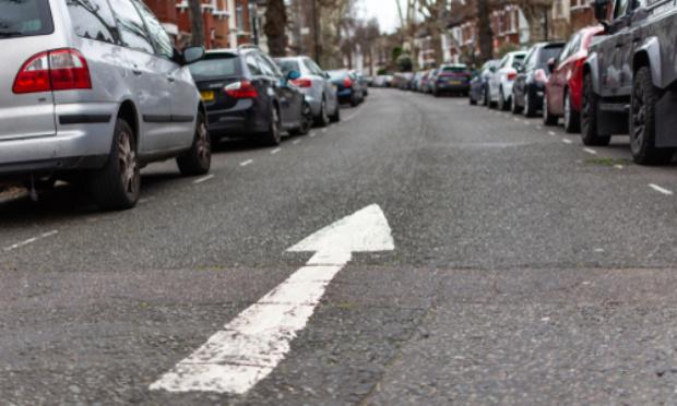 Circulation à sens unique afin de faciliter le passage des véhicules dans ces 2 rues.