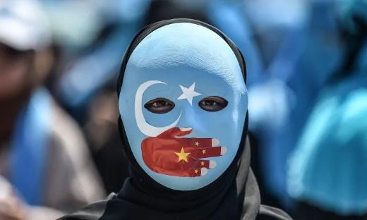 Pétition : Boycotter les produits en provenance du travail forcé des Ouïghoures (Nike, Huawei, Apple…) !!!