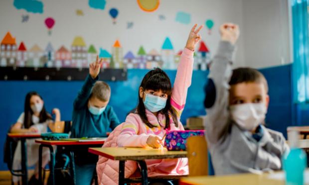 Non à la fermeture d'une classe à l'école du Val de Sirod