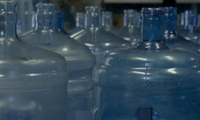 Justin Trudeau l'eau contamine