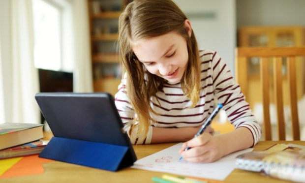 Contre le projet de loi menaçant la liberté de l'instruction des enfants à domicile