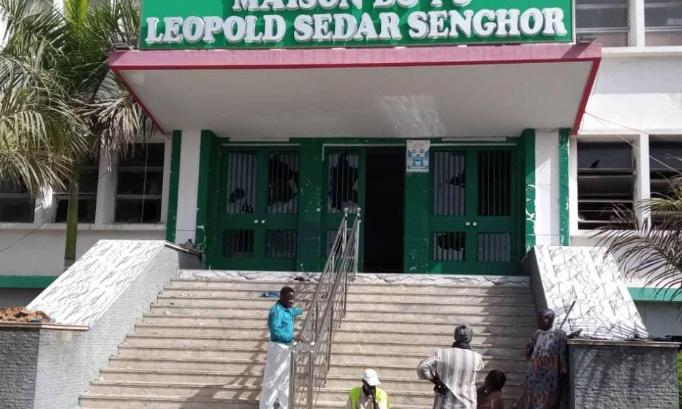 Pétition : *Le Parti socialiste et la gauche senegalaise, dans le BBY, doivent prendre leur destin politique en main : Sortir de BBY et aller peser leur poids politique.