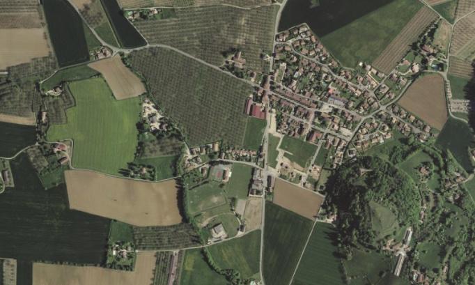 Non à l'implantation d'une antenne relais à proximité des habitations et du stade d'Hostun (26)