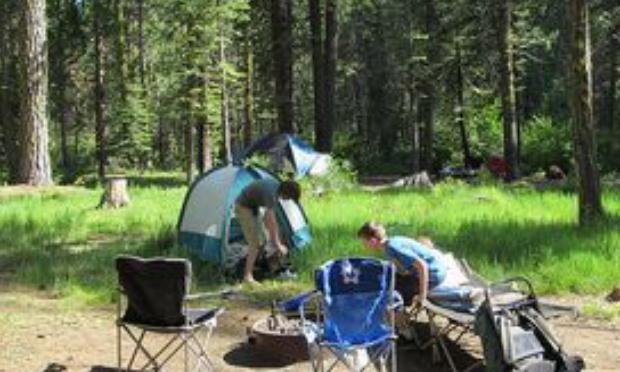 Nous voulons nos chaises de camping