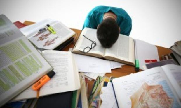 Annulation des épreuves internes et externes en secondaire, 2021 (Juin)