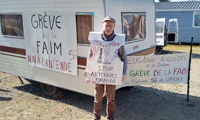 Soutien à Eugène Riguidel en grève de la faim contre l'antenne 5G de Landaul, pour la démocratie et le paysage landaulais.