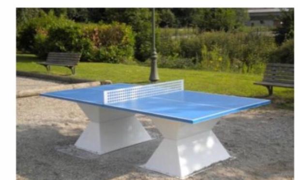 Installation d'une table de ping-pong