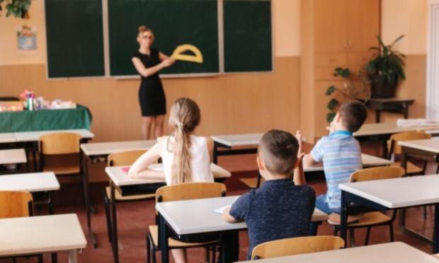 NON à la fermeture d'une classe à l'école élémentaire Tristan Bernard