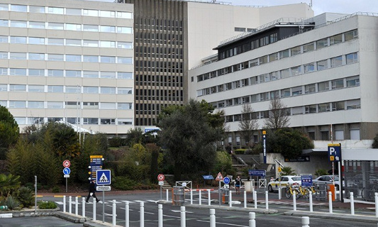 Devenir de l'Hôpital de La Rochelle : Exigeons un référendum local !