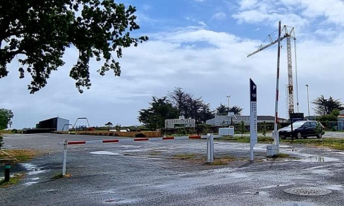Pétition : Que la barrière du parking de l'Espace des Arts reste ouverte tous les jours pour la sécuritée des enfants