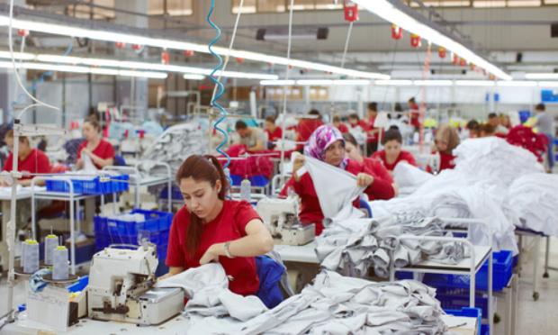 Que les ouvriers du textile aient droit à des conditions de travail convenables
