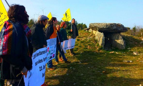 200 hectares de panneaux photovoltaïques sur des terres agricoles et naturelles du Causse Comtal à Salles la Source, Muret-le-Château et Rodelle, 22 associations disent non !