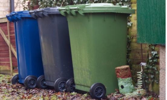 Non pour les poubelles sur les rues principales