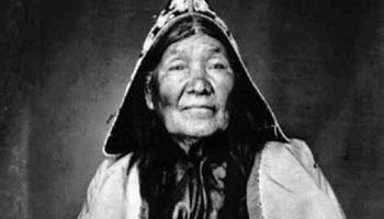 Pétition : Solidarité humanitaire envers les peuples autochtones du Canada pour mettre fin à 64 ans de féminicide génocidaire. Nous réclamons une enquête onusienne et l'AANB.