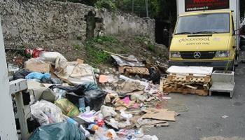 Pétition : Alerte enlèvement : Montreuil a disparu sous les détritus - Pétition pour un Montreuil propre