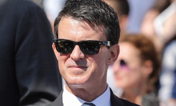 Installons une girouette à l'effigie de Manuel Valls sur Notre-Dame