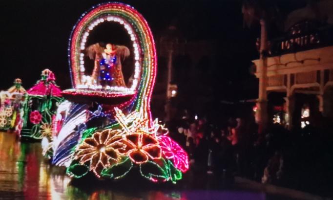 Pétition très urgente pour que la parade fantastique fantillusion revienne à Disneyland Paris