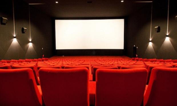 Nous souhaiterions plus de VOSTFR au cinéma l'Amphi