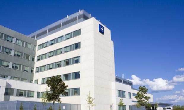 Maintien du plateau technique de l'hôpital de Guingamp : Non à la fermeture de la chirurgie !